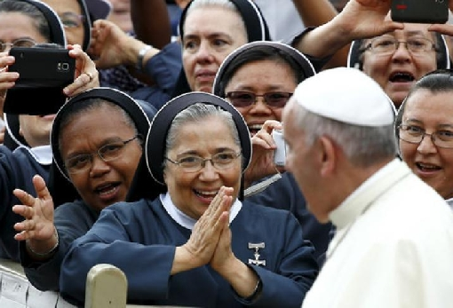 images/previews/news/2018/04/p-2018-04-13-papa_francisco-mujeres.jpg