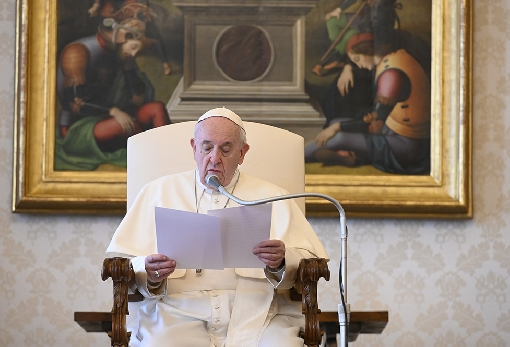 images/previews/news/2020/04/p-2020-04-15-pope.jpg
