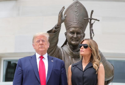 images/previews/news/2020/06/p-2020-06-05-Trump-visits-shrine-on-anniversary-of-St-John-Paul-II-visit-to-Poland.jpg
