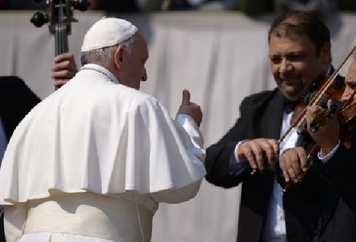 images/previews/news/2021/02/12829/p-2021-02-05-pope-francis-favourite-music.jpg