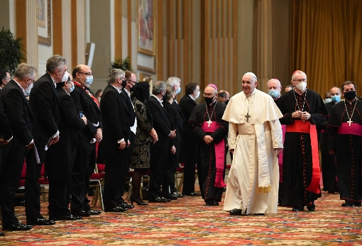 images/previews/news/2021/02/12842/p-2021-02-09-20210208T0700-POPE-DIPLOMATIC-CORPS-1164486.jpg